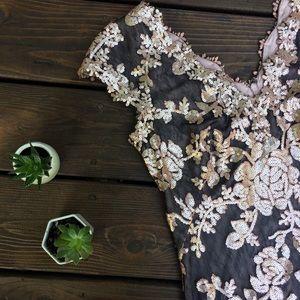 Tadashi Shoji Dresses - Tadashi Shoji Size 6 Lace Sequin Pink Black Dress